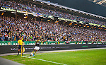 Solna 2014-08-13 Fotboll Allsvenskan AIK - Djurg&aring;rdens IF :  <br /> AIK:s Celso Borges sl&aring;r en h&ouml;rna nedan f&ouml;r AIK:s supportrar i matchen mellan AIK och Djurg&aring;rden<br /> (Foto: Kenta J&ouml;nsson) Nyckelord:  AIK Gnaget Friends Arena Allsvenskan Derby Djurg&aring;rden DIF supporter fans publik supporters