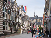 Rathaus in Alkmaar, Provinz Nordholland, Niederlande<br /> City Hall  in Alkmaar, Province North Holland, Netherlands