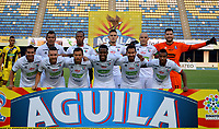 BARRANCABERMEJA- COLOMBIA, 16-02-2019: Los jugadores de Once Caldas, posan para una foto, antes partido Alianza Petrolera y el Once Caldas, de la fecha 5 por la Liga Águila I 2019 en el estadio Daniel Villa Zapata en la ciudad de Barrancabermeja. / The players of Once Caldas, pose for a photo, prior  a match between Alianza Petrolera and Once Caldas, of the 5th date for the Aguila Leguaje I 2019 at the Daniel Villa Zapata stadium in Barrancabermeja city. Photo: VizzorImage  / José D. Martínez / Cont.
