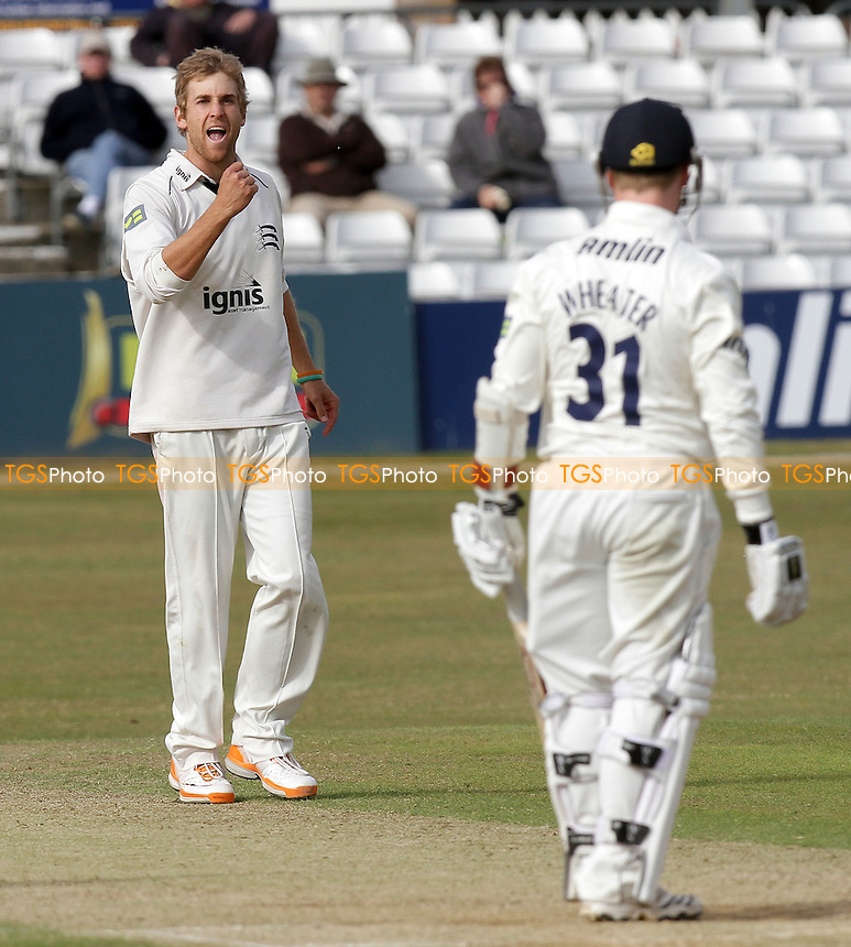 Dawid Malan of Middlesex claims the wicket of Adam Wheater - Essex CCC vs Middlesex CCC - LV County Championship Division Two cricket at the Ford County Ground, Chelmsford - 27/05/11 - MANDATORY CREDIT: Gavin Ellis/TGSPHOTO - Self billing applies where appropriate - Tel: 0845 094 6026