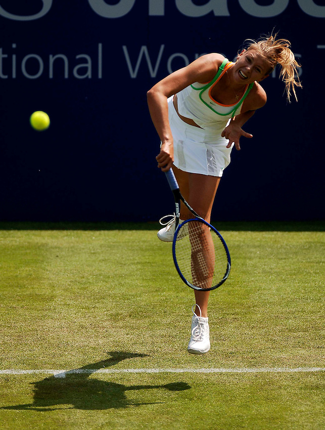 Photo: Glyn Thomas..DFS Classic Tennis, Edgbaston Priory Club, Birmingham. 07/06/2005..Maria Sharapova serves as she overcomes Anne Kremer in straight sets as she seeks to defend her title in the lead up to Wimbledon.