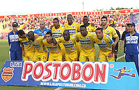 BOGOTA -COLOMBIA- 26 -10--2013. Formacion del Deportivo Pasto frente al Independiente Santa Fe  , encuentro de la fecha dieciseisava de  la  Liga Postobon segundo semestre jugado en el estadio de Techo  / Formation of Deportivo Pasto against Independiente Santa Fe, date sixteenth meeting of the Postobon League second half played in the stadium roof Action game for the match between the teams Independiente Santa Fe and Deportivo Pasto, date sixteenth meeting of the Postobon  League second half played in the Techo stadium .Photo: VizzorImage / Felipe Caicedol / Staff