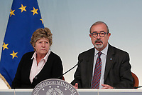 Susanna Camusso, secretary of CGIL, Carmelo Barbagallo, secretary of UIL <br /> Roma 21/11/2017. Palazzo Chigi. Conferenza stampa al termine dell'incontro Governo - Sindacati<br /> Rome November 21st 2017. Press conference at the end of the meeting between Government and Trade Unions<br /> Foto Samantha Zucchi Insidefoto