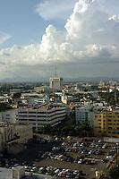 Vista de la Ciudad de Santo Domingo desde el Banco Central hoy, viernes 17 de octubre de 2008..Santo Domingo, Republica Dominicana.Foto : © Roberto Guzman