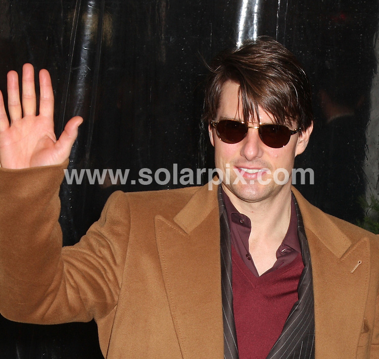 **ALL ROUND PICTURES FROM SOLARPIX.COM**.**SYNDICATION RIGHTS FOR UK, SPAIN, PORTUGAL, AUSTRALIA, S.AFRICA & DUBAI (U.A.E) ONLY**.The Premier Of I Am Legend in the WaMu Theatre at Madison Square Garden in New York in the USA..This pic:TOM CRUISE.JOB REF:5489-PHZ    DATE:11_12_07 .**MUST CREDIT SOLARPIX.COM OR DOUBLE FEE WILL BE CHARGED* *UNDER NO CIRCUMSTANCES IS THIS IMAGE TO BE REPRODUCED FOR ANY ONLINE EDITION WITHOUT PRIOR PERMISSION*