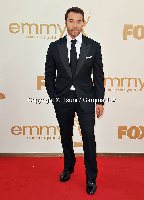 Jeremy Piven _228 at the Bully Premiere at The Chinese Theatre 6 in Los Angeles.