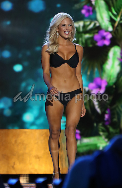 07 September 2016 - Atlantic City, New Jersey - Miss Kansas, Kendall Schoenekase.  2017 Miss America Preliminary Competition, Day 2, at Boardwalk Hall. Photo Credit: MJT/AdMedia