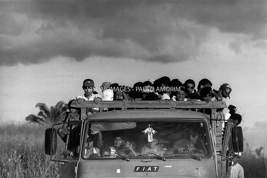 BRAZIL,El DORADO DOS CARAJAS : Component of the Landless workers movement on 17 April, 1998  at transamazonica in Parauapebas south of Pará, northern Brazil. -  Photo by Paulo Amorim