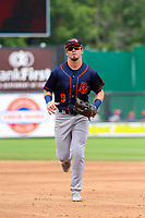 Bowling Green Hot Rods outfielder Carl Chester (9) jogs in from the outfield between innings during a Midwest League game against the Wisconsin Timber Rattlers on July 22, 2018 at Fox Cities Stadium in Appleton, Wisconsin. Bowling Green defeated Wisconsin 10-5. (Brad Krause/Four Seam Images)
