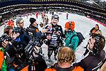 Solna 2014-03-16 Bandy SM-final herrar Sandvikens AIK - V&auml;ster&aring;s SK :  <br /> Sandvikens Magnus Muhr&eacute;n Muhren intervjuas efter matchen omgiven av fotografer<br /> (Foto: Kenta J&ouml;nsson) Nyckelord:  SM SM-final final herr herrar VSK V&auml;ster&aring;s SAIK Sandviken  jubel gl&auml;dje lycka glad happy