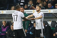 Jerome Boateng (Deutschland Germany) wird ausgewechselt gegen Shkodran Mustafi (Deutschland Germany)- 11.10.2016: Deutschland vs. Nordirland, HDI Arena Hannover, WM-Qualifikation Spiel 3