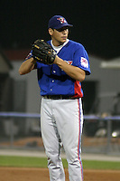 August 15, 2003:  Dan Generelli of the Vermont Expos during a game at Dwyer Stadium in Batavia, New York.  Photo by:  Mike Janes/Four Seam Images