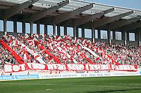 Fans der Offenbacher Kickers mit ihrer Derby-Choreo