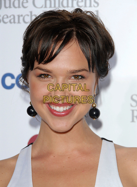 ARIELLE KEBBELL.Attends Runway for Life, Benefiting St. Jude Children's Research Hospital held at The Beverly Hilton Hotel in Beverly Hills, California, USA, September 15th 2006..portrait headshot.Ref: DVS.www.capitalpictures.com.sales@capitalpictures.com.©Debbie VanStory/Capital Pictures