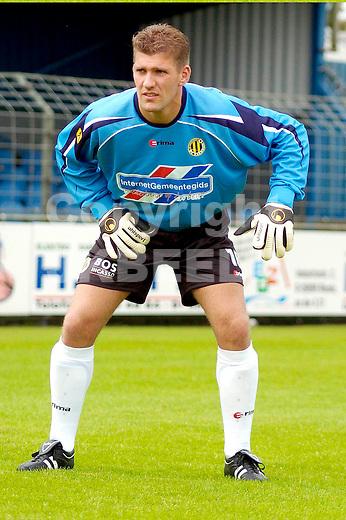 bv veendam henry louwdijk seizoen 2004-2005 gouden gids divisie