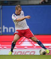 FUSSBALL   1. BUNDESLIGA   SAISON 2013/2014   9. SPIELTAG Hamburger SV - VfB Stuttgart                               20.10.2013 Maximilian Beister (Hamburger SV)  am Ball