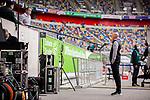 nph00351:  Fussball, 1. Bundesliga, Saison 19/20, 26. Spieltag, Fortuna Düsseldorf - FC Paderborn 07, 16.05.2020:<br /> Trainer Uwe Rösler (Fortuna Düsseldorf, r.) im Interview vor dem Spiel.<br /> <br /> Foto: Moritz Müller/Pool /Verbreitung via Meuter/nordphoto<br /> <br /> Nur für journalistische Zwecke! Only for editorial use!<br /> <br /> Gemäß den Vorgaben der DFL Deutsche Fußball Liga ist es untersagt, in dem Stadion und/oder vom Spiel angefertigte Fotoaufnahmen in Form von Sequenzbildern und/oder videoähnlichen Fotostrecken zu verwerten bzw. verwerten zu lassen. DFL regulations prohibit any use of photographs as image sequences and/or quasi-video.