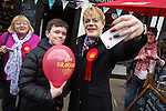 © Joel Goodman - 07973 332324 . 17/04/2015 . Chester , UK . People queue up to pose for selfies with EDDIE IZZARD as he joins Labour candidate Chris Matheson , campaigning in the City of Chester constituency . Photo credit : Joel Goodman