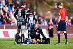 Uppsala 2014-05-01 Fotboll Svenska Cupen IK Sirius - IF Elfsborg :  <br /> Sirius Johan Arneng har ont efter en n&auml;rkamp och tittas till av Sirius sjukv&aring;rdare<br /> (Foto: Kenta J&ouml;nsson) Nyckelord:  Svenska Cupen Cup Semifinal Semi Sirius IKS Elfsborg IFE skada skadan ont sm&auml;rta injury pain