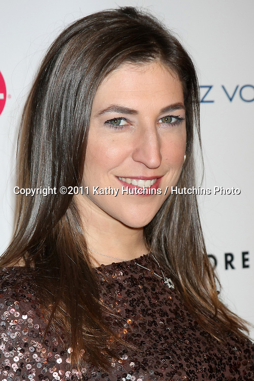 LOS ANGELES - NOV 7:  Mayim Bialik arrives at the 3rd Annual Give & Get Fete at The London West Hollywood on November 7, 2011 in West Hollywood, CA