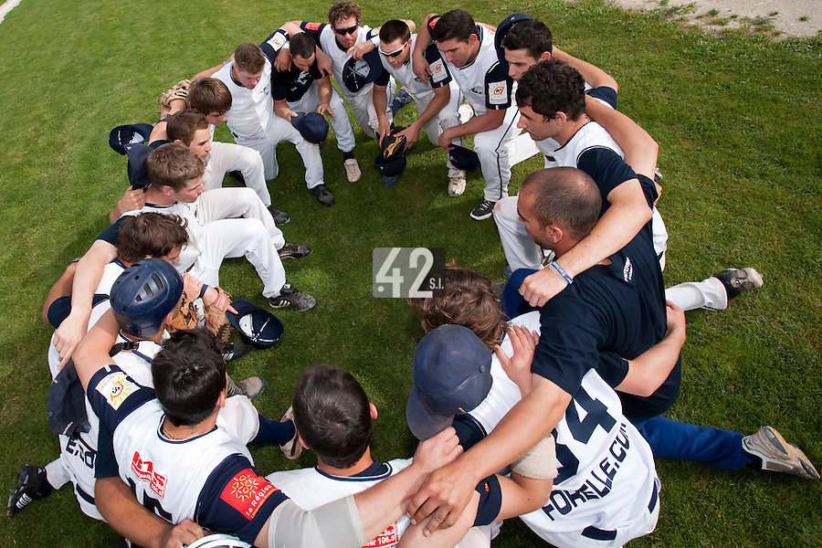 22 May 2009: Team Montpellier is seen prior to a game against Senart during the 2009 challenge de France, a tournament with the best French baseball teams - all eight elite league clubs - to determine a spot in the European Cup next year, at Montpellier, France. Senart wins 7-1 over Montpellier.