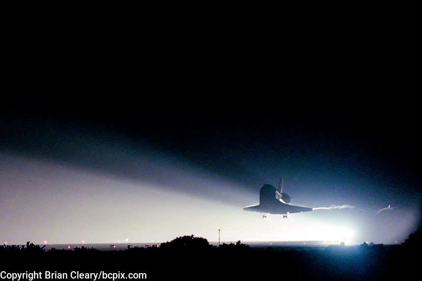 Landing, Space Shuttle  Atlantis, STS 106 Mission, September 2000, Kennedy Space Center, Titusville, FL.  Crew:  Commander Terrence W. Wilcutt, Pilot Scott D. Altman, Mission Specialists Daniel C. Burbank, Edward T. Lu, Richard A. Mastracchio, Yuri I. Malenchenko and Boris V. Morokov.  (Photo by Brian Cleary/bcpix.com)