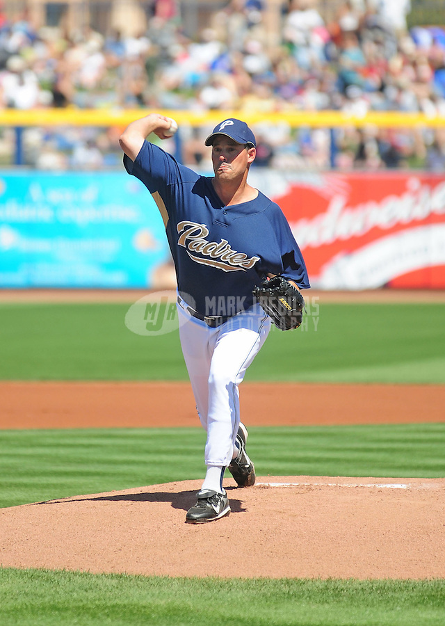 Mar 23, 2008; Peoria, AZ, USA; San Diego Padres pitcher Greg Maddux against the Chicago Cubs at the Peoria Sports Complex. Mandatory Credit: Mark J. Rebilas-