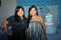 Baby Shower Huggies