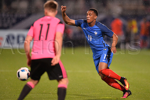 04.06.2016. Stade Saint Symphorien, Metz, France. International football freindly,France versus Scotland.  ANTHONY MARTIAL breaks inside Ritchie