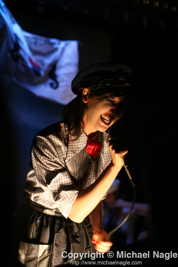 BROOKLYN - JULY 21, 2008:   Karen-O of the Yeah Yeah Yeahs performs at Union Pool in her side project debut, Native Korean Rock, on July 21, 2008 in Brooklyn.  (PHOTOGRAPH BY MICHAEL NAGLE)