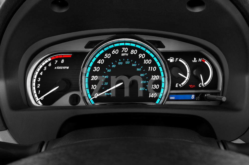 Instrument panel close up detail view of a 2009 Toyota Venza