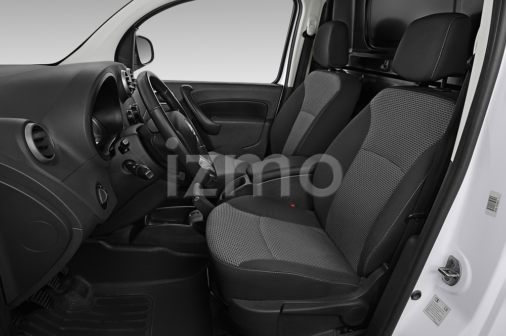 Front seat view of 2019 Mercedes Benz Citan Perfect-Tool 5 Door Car Van Front Seat  car photos