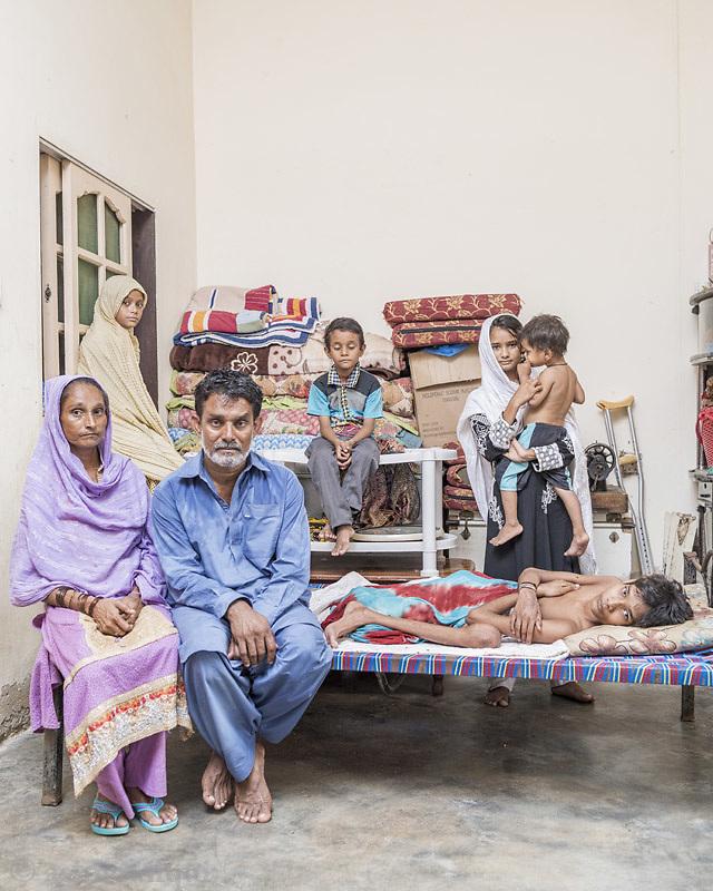 Mohammad Saleem (Father), Rozeena Saleem (Mother), Noor Mohammad (Injured boy), Saiba (14 years), Laiba (7 years), Unain (5 years), Faizan (3 years)