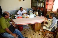 """MADAGASCAR, Mananjary,  / MADAGASKAR, Mananjary, Fr. BENOIT URAN WUWUR SVD<br /> Steyler-Misisonar und Leiter der Kommission """"Justice et Paix"""" (Justice and Peace) in der Diözese Mananjary, beraet unklare Gerichtsfaelle am Amtsgericht mit JEAN-BAPTISTE MONY , Magistrat und Vorsitzender am Amtsgericht"""
