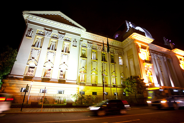 Recife_PE, Brasil..Casarao historico no centro de Recife, Pernambuco..Historical old house at the center of Recife, Pernambuco..Foto: JOAO MARCOS ROSA / NITRO
