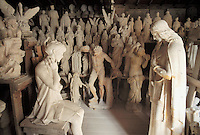 - Pietrasanta (Lucca), artisan laboratory for the artistic workmanship of the marble, collection of chalk moulds of sculptures, for following copies in marble<br />