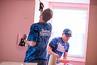 Minneapolis Event Photography of Volunteers from Boston Scientific donated their time and efforts at the Minneapolis-based location of Avenues For Homeless Youth, a 501 (c)3 non-profit dedicated to helping disadvantaged youth and homeless kids find a place to sleep at night while they try to put their lives in order.
