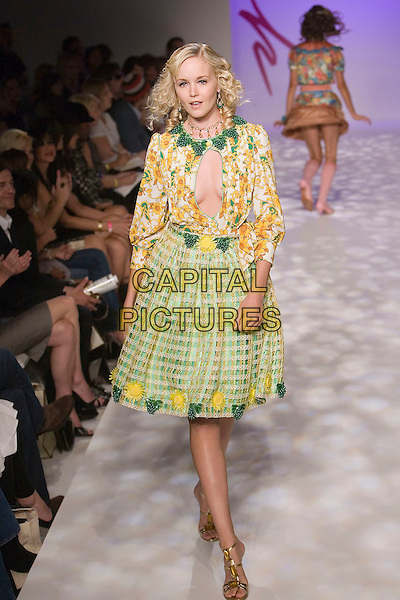MODEL.Mercedes-Benz Spring 2007 L.A. Fashion Week - Yana K - Runway held at Smashbox Studios, Culver City, California, USA, 19 October 2006..Full length catwalk fashion cut out hole yellow and green floral patterned print dress.Ref: ADM/ZL.www.capitalpictures.com.sales@capitalpictures.com.©Zach Lipp/AdMedia/Capital Pictures.
