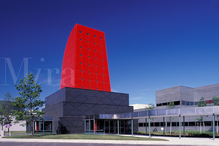 Owens Corning World Headquarters, manufacturers of fiberglass insulation, Toledo, Ohio, architect: I. M. Pei.