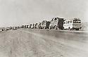 Iraq 1975.Exile of the people of Barzan, on their way to the south,<br /> Irak 1975 Les gens de Barzan sont envoy&eacute;s en exil dans le sud de l'Irak