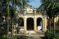 French-Colonial Villa in Hoi  An - together with the Chinese and Vietnamese architectural gems, 19th century stucco houses that show both influences from east and west add to the color of this eclectic mixture. Most of these beautiful buildings are well preserved and show an nteresting mix of architecture - all of which gives Hoi An UNESCO World Heritage Status.