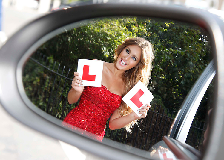 No Repro Fee..Stunning Rosanna Purcell is firmly in the driver seat as she looks to lose her 'L' plates with the launch of the QUINN-direct and ISM drive away with EUR250 initiative. QUINN-direct is offering learner drivers the chance to get a EUR250 rebate when they complete 12 Lessons with ISM. .Pic: Robbie Reynolds/CPR....Pictured at the announcement of the sponsorship is: .Rosanna Purcell, Top Model ..Media queries: .Colette Campbell or Martyn Rosney, WHPR Tel 01 669 0030