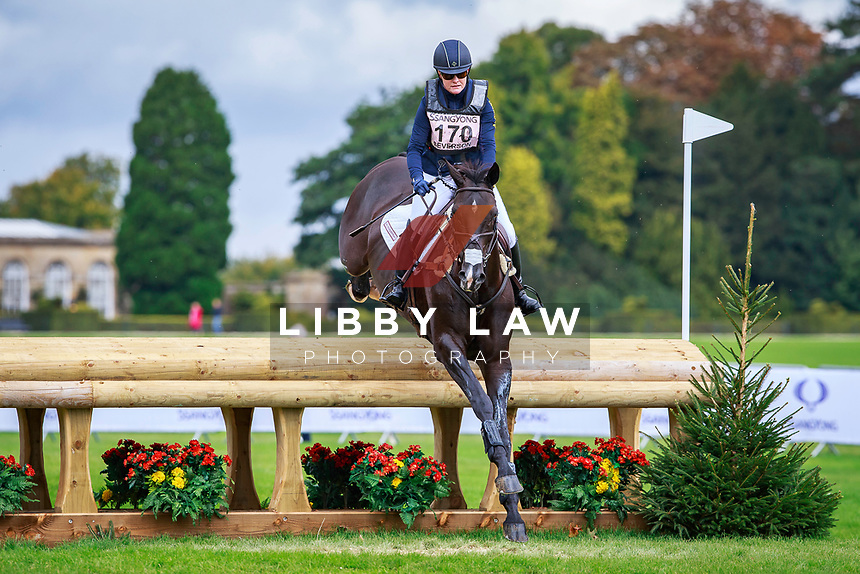 USA-Kimberley Severson rides Cooley Cross Border during the CCI3* Cross Country. Interim-3rd. 2017 GBR-SsangYong Blenheim Palace International Horse Trial. Saturday 16 September. Copyright Photo: Libby Law Photography
