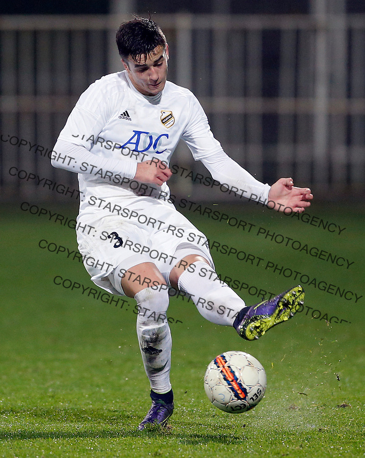 Djordje Basanovic Fudbal, Super liga Srbije, Cukaricki - Vozdovac 16.12.2015.<br /> 16. Decembar 2015. (credit image &amp; photo: Pedja Milosavljevic / STARSPORT)