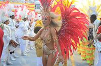 SAO PAULO, SP, 19 DE FEVEREIRO 2012 - CARNAVAL SP - TOM MAIOR -Desfile da escola de samba Tom Maior na segunda noite do Carnaval 2012 de São Paulo, no Sambódromo do Anhembi, na zona norte da cidade, neste domingo. (FOTO: ADRIANO LIMA  - BRAZIL PHOTO PRESS).