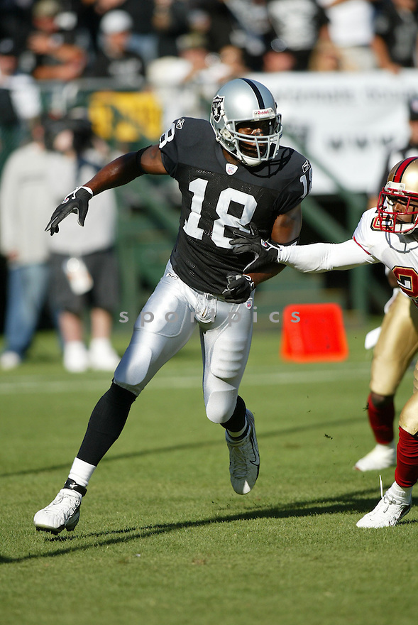 Randy Moss, of the Oakland Raiders , in aciton against the San Francisco 49ers on August 20, 2006 in Oakland, California...Raiders win 23-7..Rob Holt / SportPics