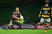 Etene Nanai-Seturo looks for options as he brings the ball forward. Mitre 10 Cup rugby game between Counties Manukau Steelers and Taranaki Bulls, played at Navigation Homes Stadium, Pukekohe on Saturday August 10th 2019. Taranaki won the game 34 - 29 after leading 29 - 19 at halftime.<br /> Photo by Richard Spranger.