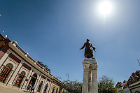 Monumento a el Cura Miguel Hidalgo en  plaza Hidalgo en calle del mismo nombre, colonia Centro de Hermosillo.<br /> Foto: LuisGutierrrez/NortePhoto