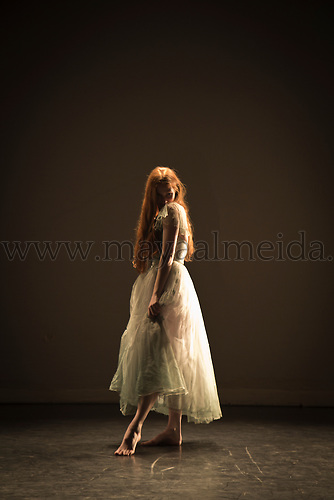 Dancer: Emma Fisher