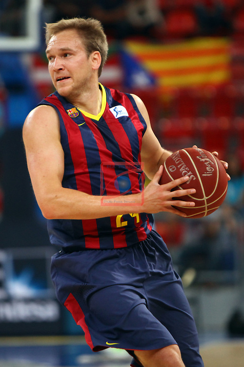 XI Supercopa ENDESA-Final.<br /> R. Madrid vs FC Barcelona: 99-78.<br /> Brad Oleson.